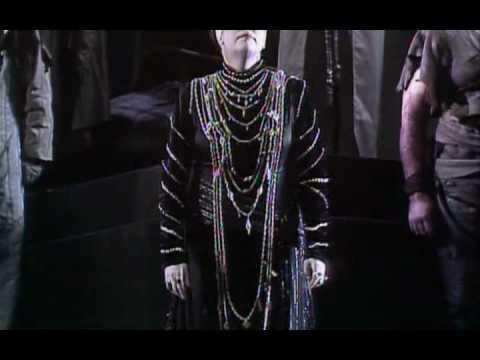 Claudio Abbado booing in Richard Strauss's Elektra - Vienna State Opera 1989