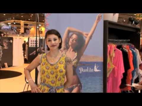 Paris 2012 salon international de la lingerie youtube for Salon international lingerie