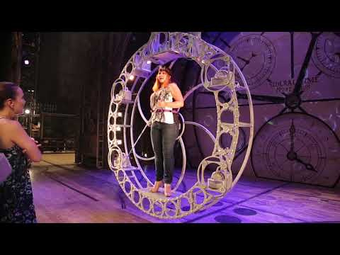Behind the Scenes: Wicked