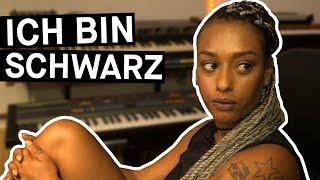"""""""Ich bin schwarz!"""": Das neue Selbstverständnis von jungen Schwarzen in Deutschland (mit SXTN)"""