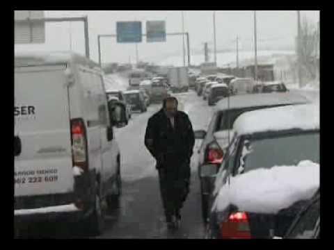 Media España colapsada por la nieve