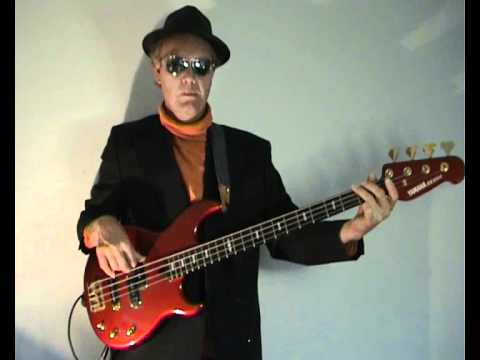 The Blues Brothers - Everybody Needs Somebody - Bass Cover