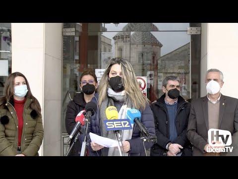 VÍDEO: Lucena se suma a la celebración del 8M con la lectura de un manifiesto en la Plaza Nueva