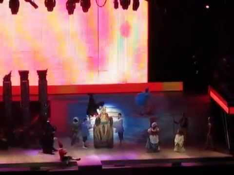 Jesus Christ Superstar- Arena di Verona- Pilate and Christ- King Herod's Song (Try it and See)