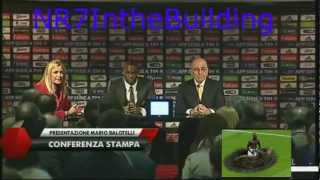 "Video Mario Balotelli dissed a ""The Sun"" reporter during his presentation with AC Milan download MP3, 3GP, MP4, WEBM, AVI, FLV Juli 2018"