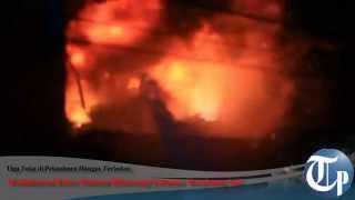 Dua Ruko Ini Terbakar, Pekanbaru Bagai Pesta Kembang Api