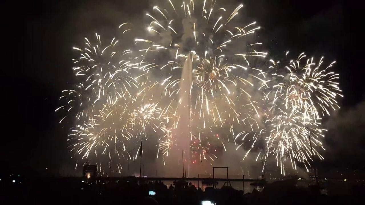 le plus beau feu d 39 artifice du monde final de feux des f tes de gen ve best firework in the. Black Bedroom Furniture Sets. Home Design Ideas