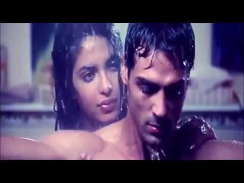 Download Priyanka Chopra Hot Bikini Bra and Uncensored leaked Bed scene 2017 movies