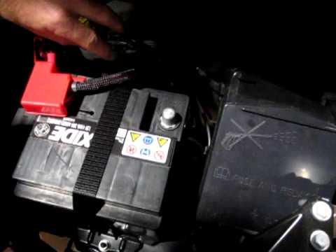 Fuse Fuse Box Fiat 500 Batterie Ab Und Anklemmen Blue Amp Me Reset Youtube
