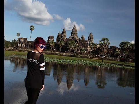 La Carmina at Angkor Wat temple, Cambodia. Siem Reap travel tips, top hotels, restaurants, sunrise