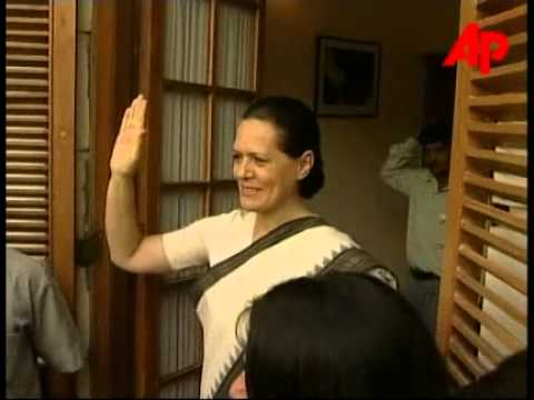 Smt Sonia Gandhi after the election victory 13 May 2004