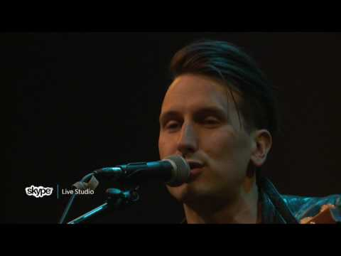 Russell Dickerson - Every Little Thing (98.7 THE BULL)