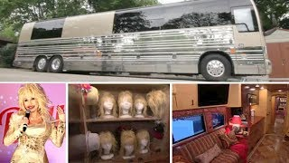 Download Dolly Parton Tour Bus Tour guide at Dollywood Mp3 and Videos
