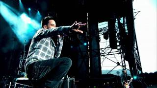 Linkin Park - Papercut ( Road To Revolution ) Live concert 720p