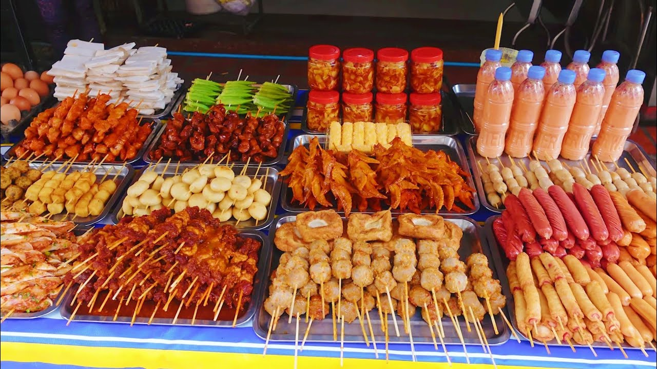 So delicious! Unchangeable popularity for 15 years! Khmer boiled skewers, spicy chicken feet & more!