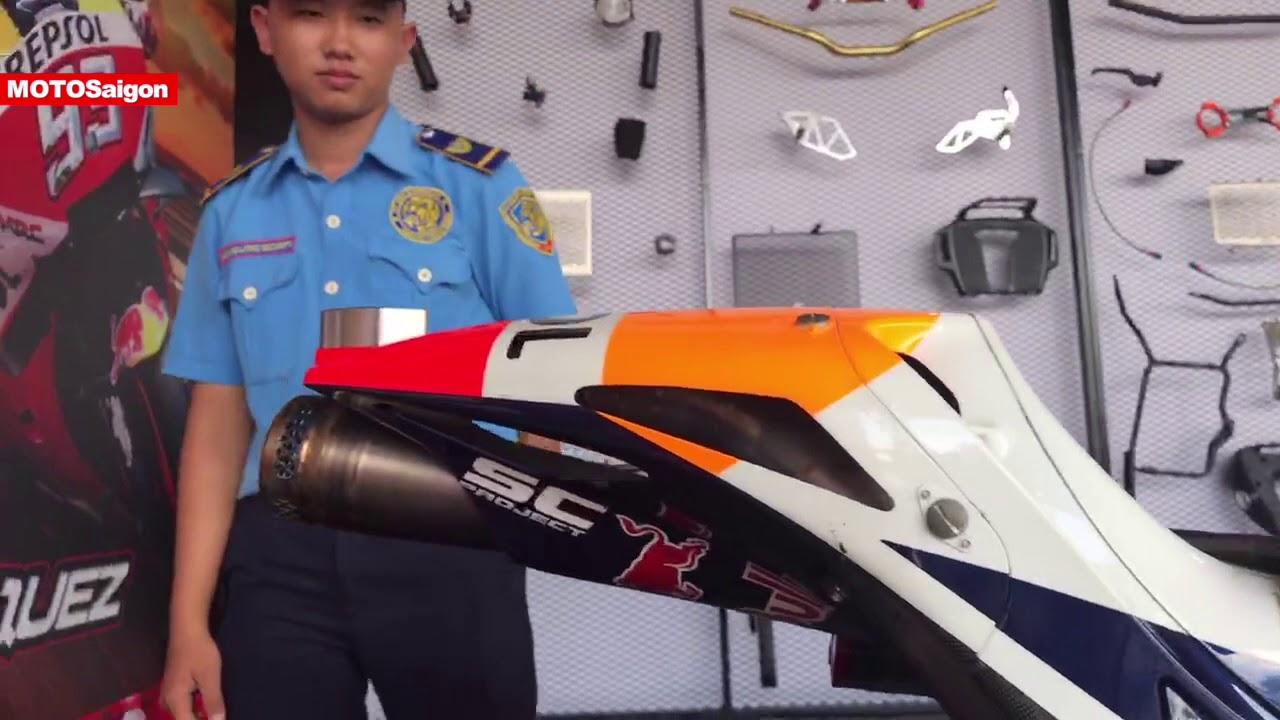 Trên yên Honda RC213V siêu xe đua MotoGP của Marc Marquez số 93