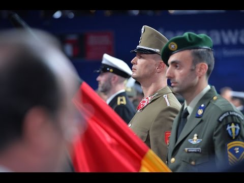 Honouring ceremony for NATO military personnel, NATO Summit in Warsaw, 08 JUL 2016