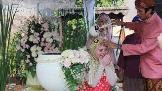 "Amanda Traditional ""Siraman 7 Bulanan"" Ceremonies by Nuten 8 Imaging"
