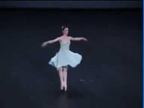 Tchaikovsky pas de deux  Amazing Pirouettes  Aurélie Dupont  -  Hervé Moreau