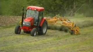 R2300 Twin Rake | Vermeer Agriculture Equipment