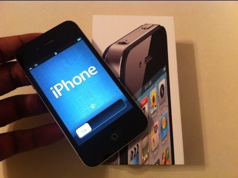 Unboxing: New iPhone 4S