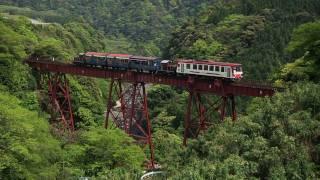 Train That Passes Tateno Trestle Bridge
