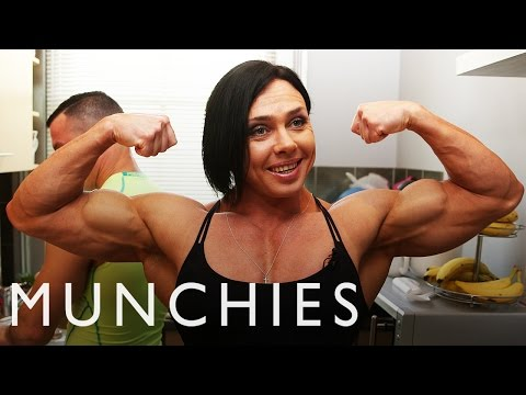 The Diet of a Champion Female Bodybuilder thumbnail