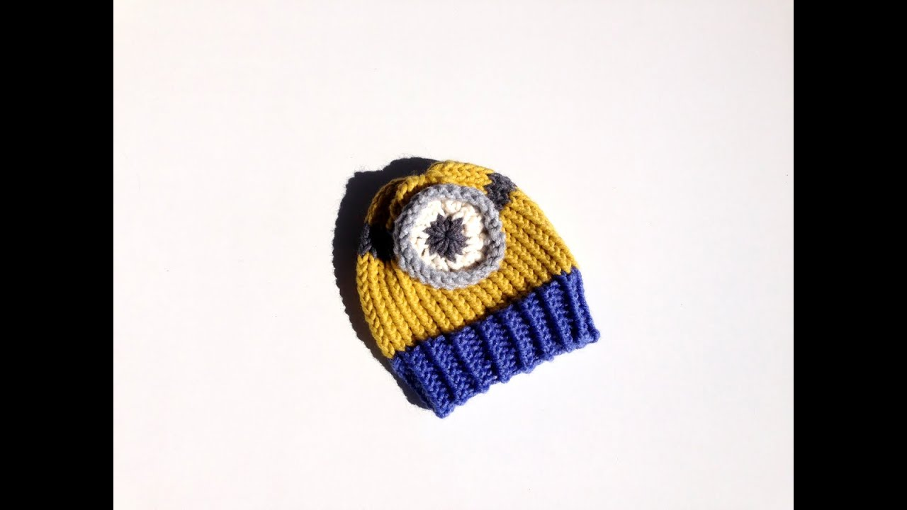 How to Loom Knit a Minion Hat (DIY Tutorial) - YouTube