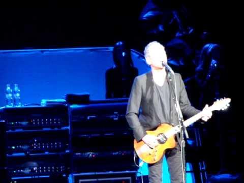 Fleetwood Mac - The Chain (Berlin O2 World, 16 10 2013)
