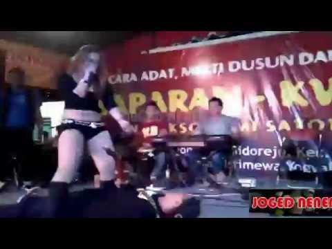 Download dangdut koplo hot lia cappucino, goyangin gitaris sampe pingsan