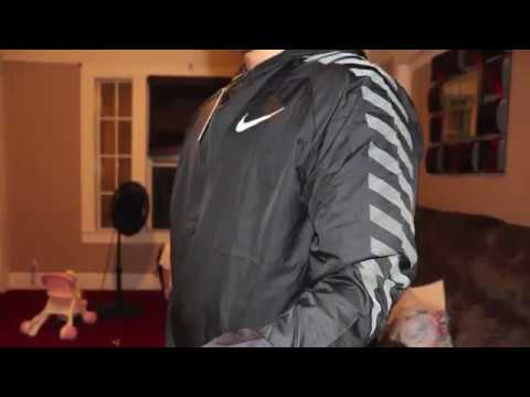 Nike Impossibly Light Men s Running Jacket Unboxing   Review 2017 ... b0d39bc4e740d
