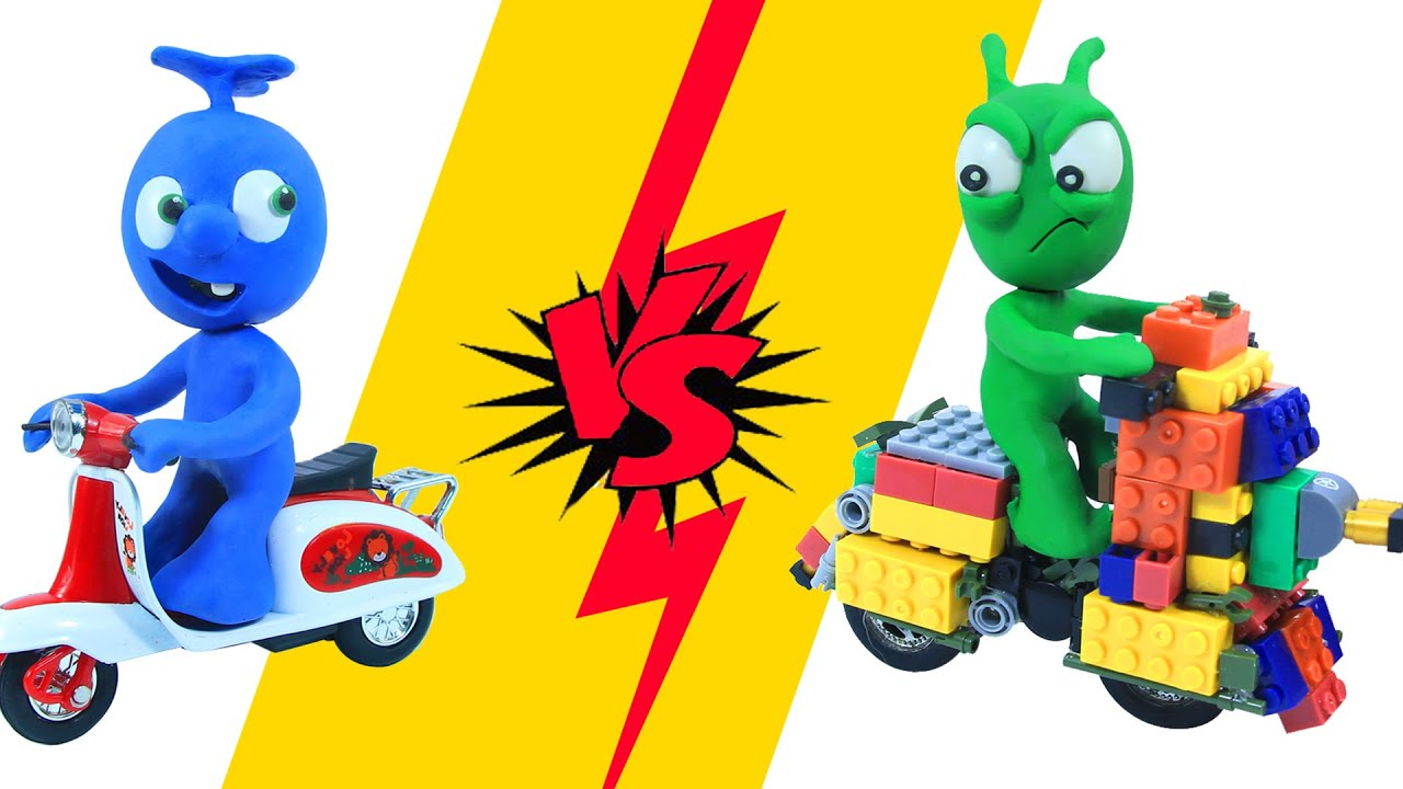 PEA PEA  Build Lego Motorbike  - Clay Mixer and Play Doh Cartoons