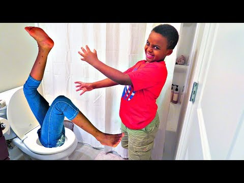 Thumbnail: Bad Baby Falls In Toilet! - Shasha And Shiloh Christmas Surprise Gift w/ Venom - Onyx Kids