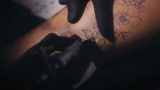 Tech-Loving Artist Creates Tattoos With Computer Codes