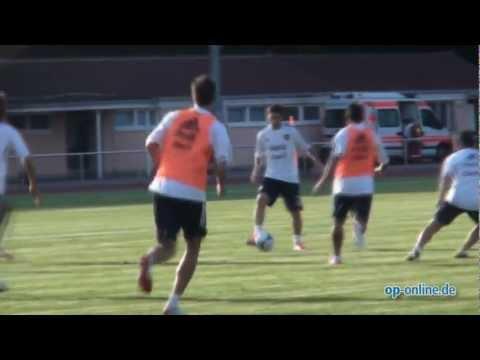 Lionel Messi mit Argentinien im Sportpark Neu-Isenburg