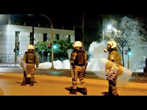 Greece - Riots continue overnight -  Anarchists clash with police in Thessaloniki