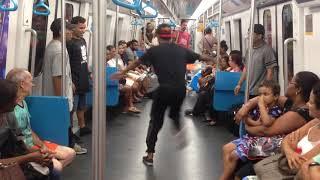 Брейк-данс в метро Рио-де-Жанейро
