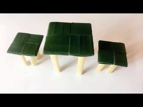 leaf-craft-ideas-a-set-of-table-and-chairs-from-banana-leaf