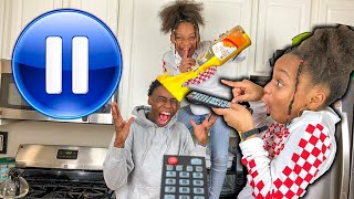 FUNNIEST PAUSE CHALLENGE ON YOUTUBE!!!!