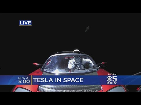 Spectacular Space X Launch Sends Tesla Roadster Into Orbit
