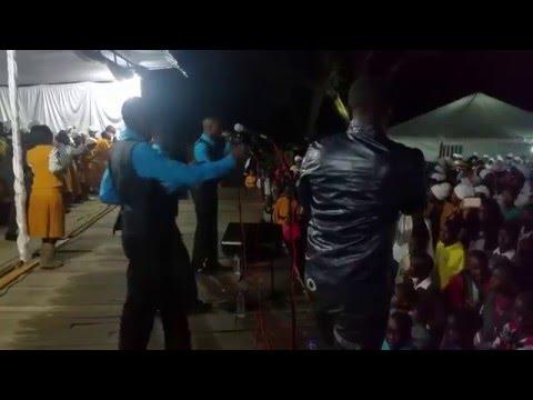 Captain Sulumani Chimbetu&Orchestra Dendera Kings Entertain Church Followers In Harare