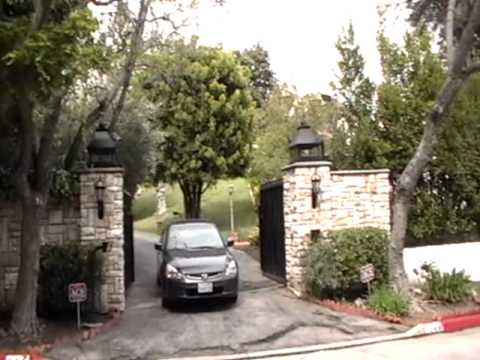 Elvis Presley's Home In Holmby Hills