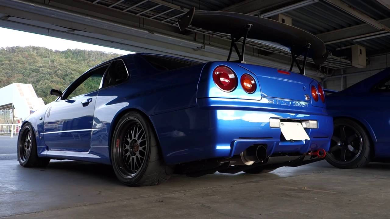 1998 Nissan Skyline GTR R34  YouTube