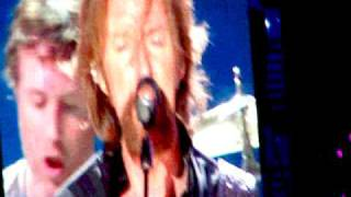 brooks and dunn with reba cowgirls dont cry