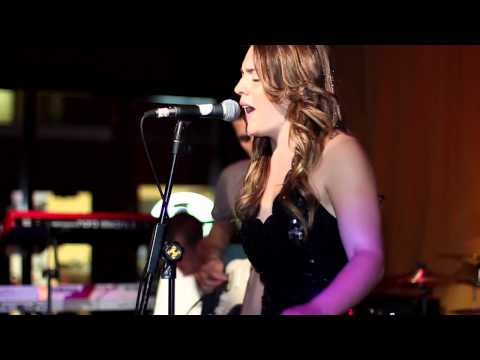 2 Groove or Die and Hannah Rose cover They Love Each Other at Founders Brewing Company