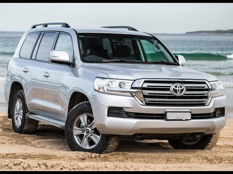 2018 toyota land cruiser facelift review youtube. Black Bedroom Furniture Sets. Home Design Ideas