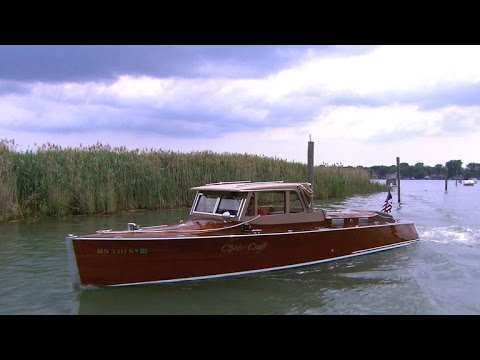 The elegance of classic wooden motorboats
