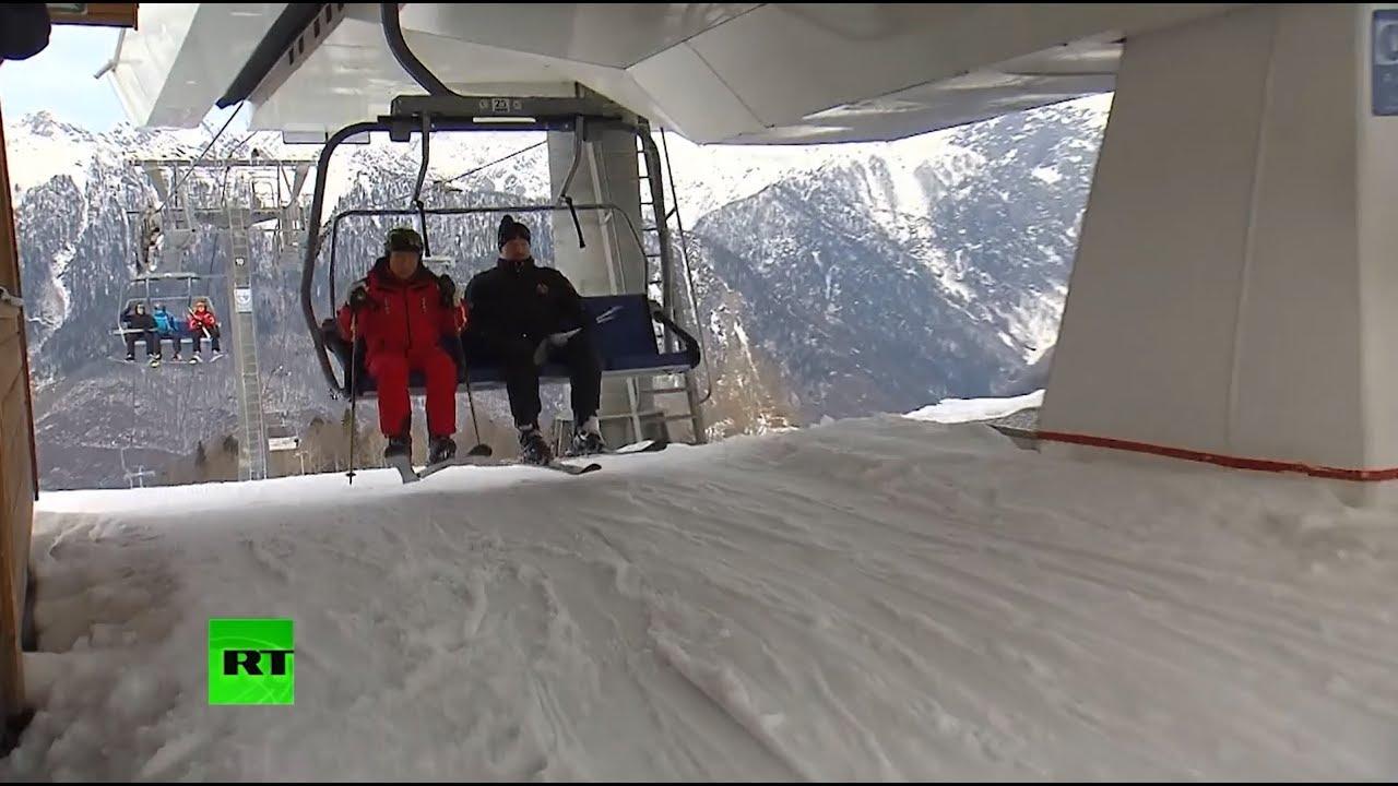 Перерыв на лыжи: Путин и Лукашенко прокатились на двух склонах в Сочи
