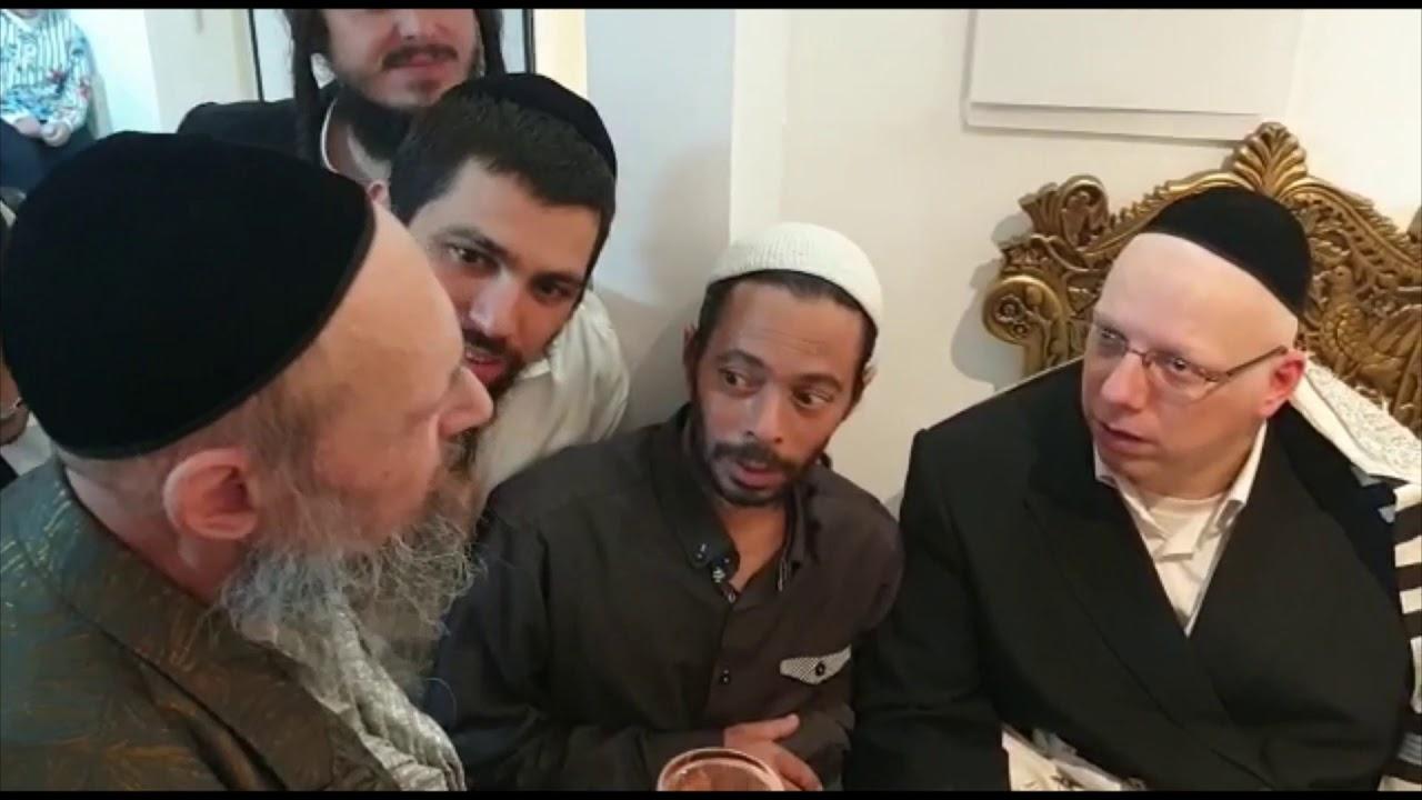 הרב ליאור גלזר סנדק בברית עם הרב דב קוק