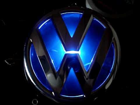 VW 光るLEDエンブレム - YouTube